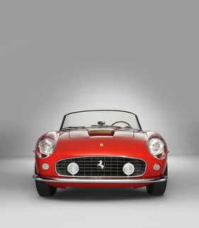 Bild (1/1): Ferrari 250 GT SWB California Spyder (1962) - als Lot 240A an der Monterey RM Auction vom 18. August 2012 angeboten und für USD 8'580'000 verkauft (© Shooterz.biz - Courtesy of RM Auctions, 2012)